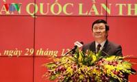 Staatspräsident Truong Tan Sang nimmt an der Landeskonferenz der Polizei teil