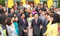Staatspräsident Truong Tan Sang empfängt Beamtendelegation aus Cu Chi