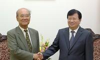 Vizepremierminister Trinh Dinh Dung empfängt ehemaligen Generaldirektor der UNESCO