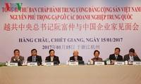 KPV-Generalsekretär Nguyen Phu Trong trifft chinesische Unternehmer