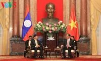 Staatspräsident Tran Dai Quang empfängt laotischen Premierminister
