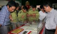 Ausstellung von Landkarten und Exponaten über Souveränität Vietnams auf Hoang Sa und Truong Sa