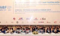 Premierminister Nguyen Xuan Phuc: Industrielle Revolution 4.0 ist Chance für Investoren
