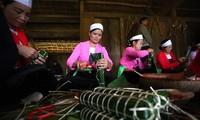Verschiedene Volksgruppen in Vietnam feiern Tetfest