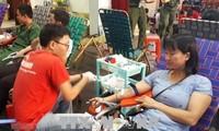 Mehr als 1000 Menschen nehmen an Blutspende teil