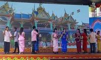 Die Khmer in Soc Trang feiern das Fest Sene Dolta