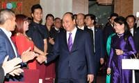 Premierminister Nguyen Xuan Phuc trifft Vietnamesen in Österreich