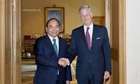 Premierminister Nguyen Xuan Phuc nimmt am Forum der asiatisch-europäischen Unternehmer teil