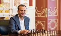 FIDE-Präsident Arkady Dworkowitsch besucht Vietnam