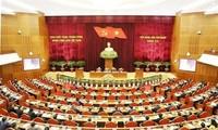 ZK-Mitglieder diskutieren über Themen und Dokumente für den kommenden Parteitag