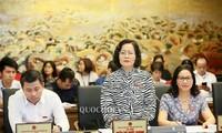 Parlamentssitzung über sozial-wirtschaftliche Lage