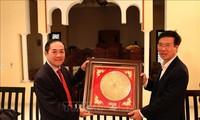 Leiter der Abteilung für Information und Erziehung der Partei, Vo Van Thuong besucht Marokko