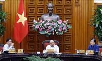 Regierung diskutiert Projekt der Autobahn Trung Luong-My Thuan