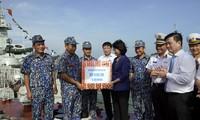 Vizestaatspräsidentin Dang Thi Ngoc Thinh besucht Marine der Zone 2