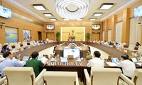 Abgeordnete des Ständigen Parlamentsausschusses diskutieren verbessertes Arbeitsgesetzbuch