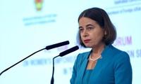 Erhöhung der Rolle der Frauen bei den internationalen Beziehungen und der Digitalisierung