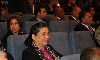 Vizeparlamentspräsidentin Tong Thi Phong nimmt an Eröffnung von IPU-141-Vollversammlung in Serbien teil