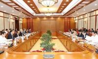 KPV-Generalsekretär, Staatspräsident Nguyen Phu Trong leitet Sitzung des Polibüros