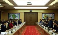 Vizepremierminister Vu Duc Dam kommt nach Vinh Phuc wegen des Coronavirus