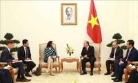 Vizepremierminister Truong Hoa Binh empfängt Hessen-Ministerin für Wissenschaft und Kunst Angela Dorn