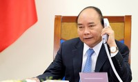 Premierminister Nguyen Xuan Phuc telefoniert mit seinem chinesischen Amtskollegen