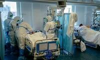 Vietnamesen unterstützen Mediziner bei Bekämpfung der COVID-19-Pandemie in Russland