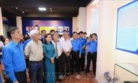 """Ausstellung """"Präsident Ho Chi Minh mit Arbeiterklasse und Gewerkschaftsbund Vietnams"""""""