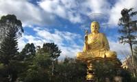Zenkloster Van Hanh in Da Lat, wo Steingemälde aufbewart werden