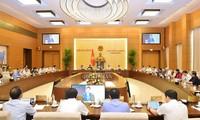 Eröffnung der Sitzung des Ständigen Parlamentsausschusses am Montag