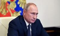 Russlands Präsident Wladimir Putin ruft Parteien in Weißrussland auf, die Krise nicht extrem zu lösen