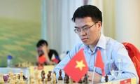Schachspieler Le Quang Liem siegt gegen die Nummer 10 der Weltrangliste Teimour Radjabov aus Aserbaidschan