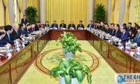 Außenpolitische Organisationen sollen Stärke zeigen