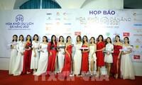 Start des Schönheitswettbewerbs der Touristinnen in Danang 2021