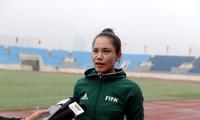Vietnamesische Fußball Richterinnen können bei der Meisterschaft der Männer mitmachen