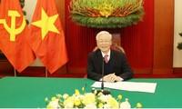 Telefongespräch der Spitzenpolitiker von Vietnam und Russland