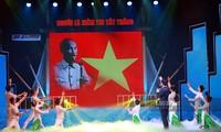 Gala zum 110. Jahrestag, in dem Präsident Ho Chi Minh Vietnam verließ