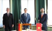 Vietnam und Deutschland arbeiten in Gesundheitsfürsorge und Rehabilitation zusammen