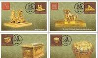 """""""Gegenstände aus Gold"""" in der Briefmarkensammlung über Nationale Schätze Vietnams"""