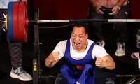Sportminister Nguyen Van Hung lobt Gewinner der Silbermedaille Le Van Cong bei Paralympics Tokio 2020