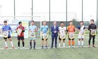 Studenten-Fußballturnier für Impfstofffonds gegen COVID-19