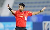 Mohamed Abdullah Hassan pfeifft Spiel Vietnam gegen China
