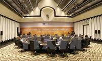 APEC 2017: ສື່ມວນຊົນສາກົນ ສືບຕໍ່ຍ້ອງຍໍຊົມເຊີຍຜົນສຳເລັດດ້ານການທູດຂອງ ຫວຽດນາມ