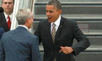 US 2012 Election update: President Barack Obama in Chicago to vote early