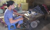 Making incense in Xa Kieu traditional craft village