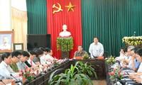 Delegación del Buró Político trabaja en provincia de Tuyen Quang