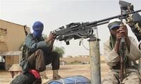 """Argelia reconoce """"errores"""" en la pasada crisis de rehenes"""
