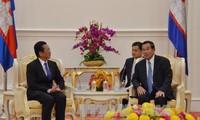 Presidente camboyano recibe al saliente embajador vietnamita en ese territorio