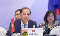 Vietnam respalda la consolidación de la cooperación entre Asean y sus socios
