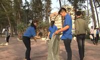 Jóvenes de Binh Thuan unen esfuerzos para limpiar el mar