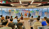 Jóvenes vietnamitas aprenden de experiencias internacionales de emprendimiento